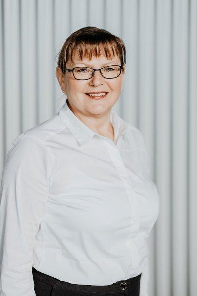 Irena Iwanczok