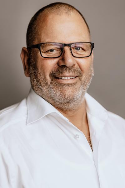 Ernst Bott